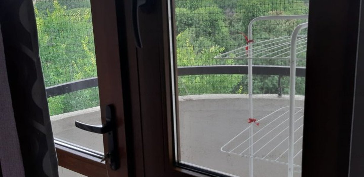Inchiriere apartament 3 trei camere decomandat - Lacul Tei - imaginea 11