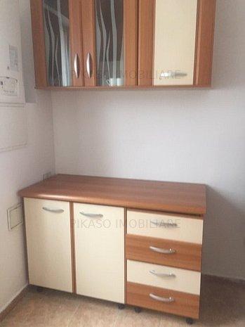 Inchiriere casa -parter -etaj + mansarda  4camere  Decebal -Dristorului - imaginea 1