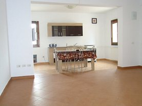 Apartament de închiriat 3 camere, în Focsani, zona Nord-Est