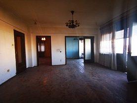 Apartament de vânzare 3 camere, în Bucuresti, zona Calea Victoriei