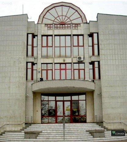 Cladire de birouri, Deva, ultracentral - imaginea 1