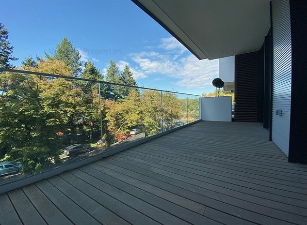 Apartament 4 camere, lux, cu terasa, luminos si spatios, Charles de Gaulle - imaginea 1