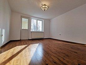 Apartament de închiriat 3 camere, în Constanţa, zona Peninsula