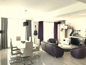 Apartament de vânzare sau de închiriat 4 camere, în Bucureşti, zona Unirii