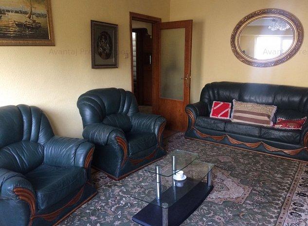 Apartament 3 camere decomandate Casa de Cultura - imaginea 1