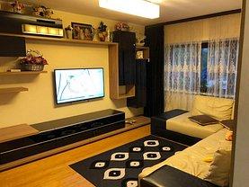 Apartament de vânzare 3 camere, în Constanţa, zona Tomis III