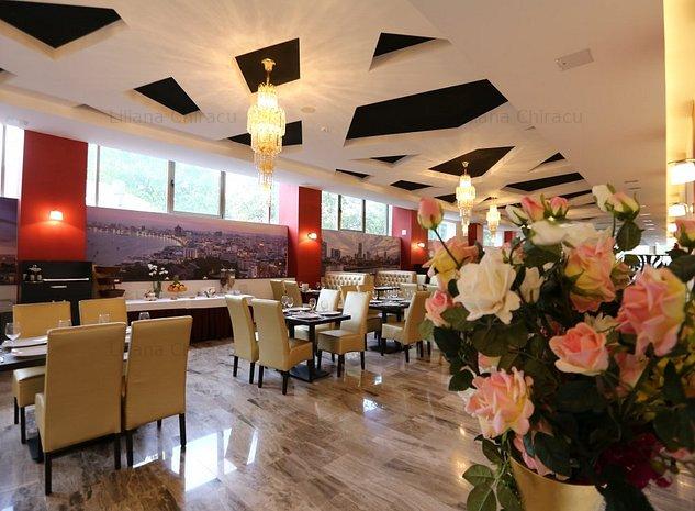 IMOBIL HOTEL DE INCHIRIAT - AZIL BATRANI , CAMIN ANGAJATI STRAINI - imaginea 1