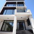 Casa de închiriat 8 camere, în Bucureşti, zona Lacul Tei