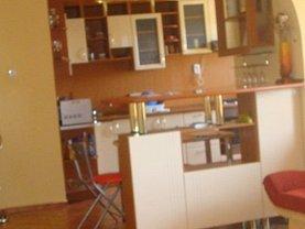 Apartament de închiriat 3 camere, în Arad, zona Micălaca