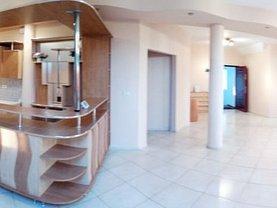 Apartament de închiriat 3 camere, în Arad, zona P-ţa Spitalului