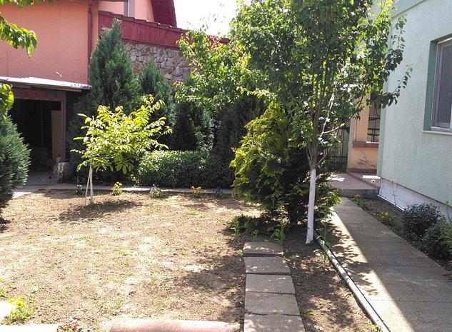 Casa de inchiriat in zona 6 Vanatori - imaginea 1