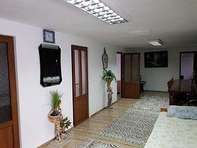 Casa de închiriat 10 camere, în Cluj-Napoca, zona Apahida