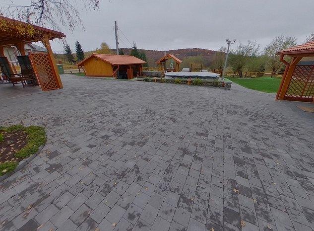 Casa / Vila tip Pensiune in Feleacu, in apropiere de Cluj Napoca - imaginea 1
