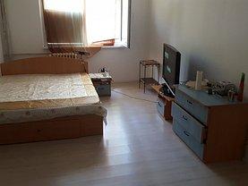 Apartament de vânzare 4 camere, în Bucureşti, zona Crângaşi