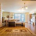Penthouse de vânzare 3 camere, în Floreşti