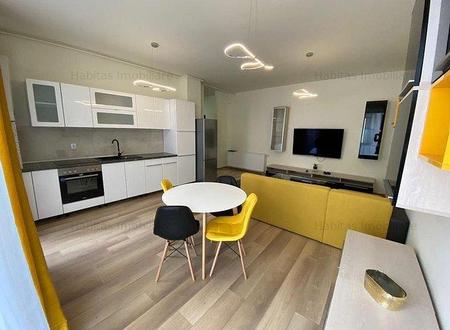 Apartament de inchiriat cu 3 camere, zona ultracentrala - imaginea 1