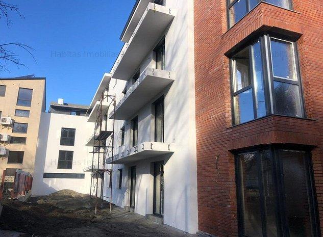 Apartament semifinisat cu o camera, parcare subterana, Piata Cipariu - imaginea 1