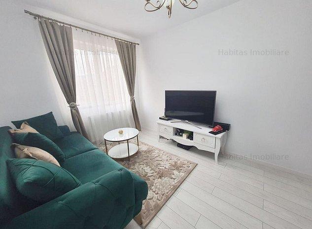 Apartament 2 camere, loc de parcare,  decomandat, zona Vivo - imaginea 1