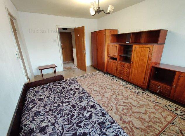 Apartament cu 2 camere, decomandat, etaj 1, zona Casa Radio - imaginea 1