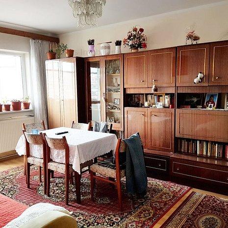 Apartament 4 camere, decomandat, strada Aurel Vlaicu - imaginea 1