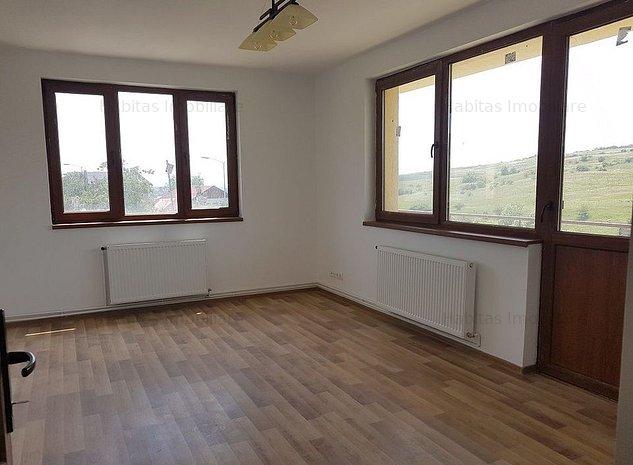 Casa individuala ideala locuita sau sediu de firma - imaginea 1