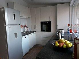 Casa de vânzare sau de închiriat 3 camere, în Cluj-Napoca, zona Zorilor