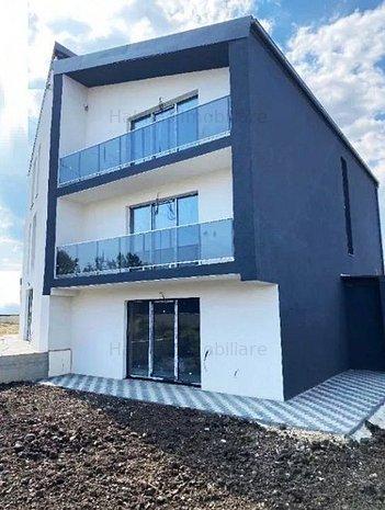 Casa  cu arhitectura moderna in Europa - imaginea 1