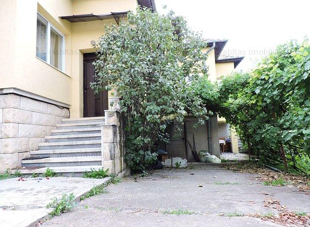 Casa unifamiliala solida cu 700 mp teren in Dambul Rotund - imaginea 1