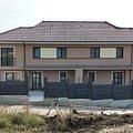 Casa de vânzare 4 camere, în Dezmir