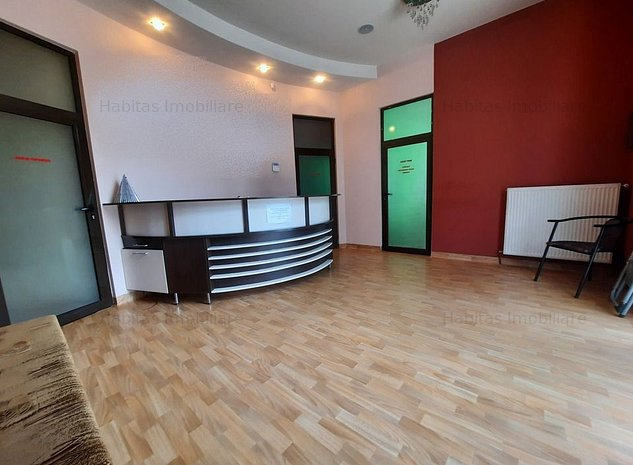 Spatiu comercial/birouri, compartimentat, zona Piata Mihai Viteazul - imaginea 1