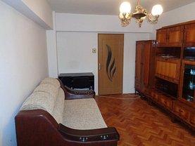 Apartament de închiriat 3 camere, în Targu Mures, zona Corina