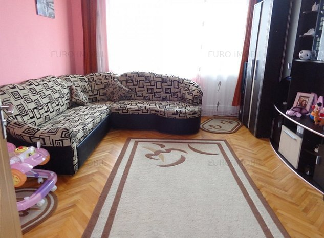 Apartament cu 2 camere, mobilat, etaj 3/4, str. Hunedoara - imaginea 1