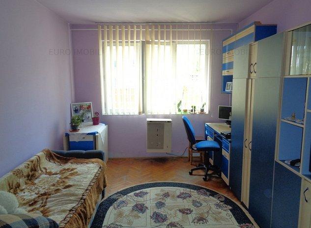 Apartament cu 2 camere, parter, zona Mureseni - imaginea 1