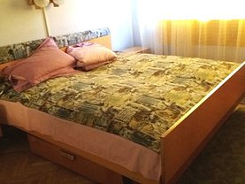 Apartament de închiriat 3 camere, în Targu Mures, zona Dacia