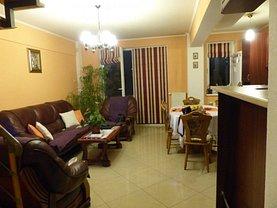 Penthouse de vânzare 3 camere, în Targu Mures, zona Pandurilor