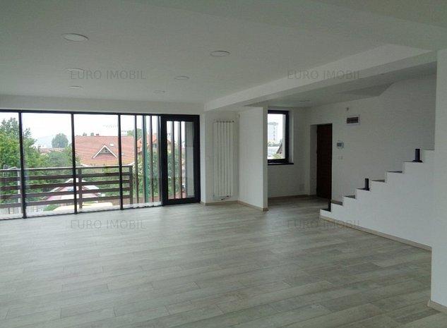 Apartament cu 4 camere in cladire de birouri - imaginea 1