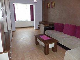 Apartament de închiriat 3 camere, în Târgu Mureş, zona Pandurilor