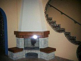 Casa de închiriat 3 camere, în Targu Mures, zona Cornisa
