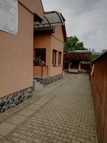 Vand casa in Targu Mures, strada Libertatii - imaginea 1
