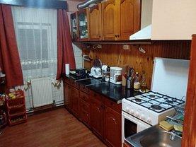 Apartament de vânzare 4 camere, în Lugoj
