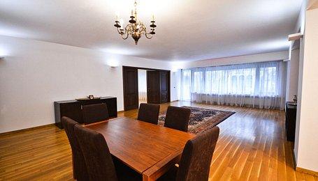 Apartamente Bucureşti, Capitale
