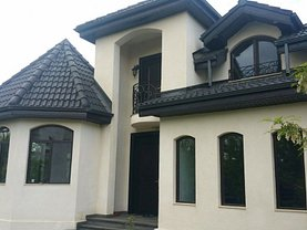 Casa de vânzare sau de închiriat 8 camere, în Snagov