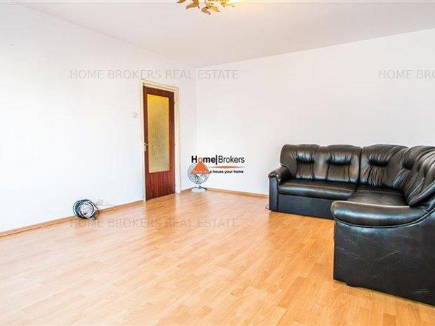 homebrokers.ro / Vanzare apartament 3 camere Vitan Mall - imaginea 1