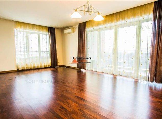 homebrokers.ro/ Vanzare 2 camere Incity / loc de parcare dublu - imaginea 1