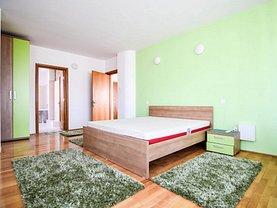 Apartament de închiriat 4 camere, în Constanta, zona Central