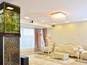 Casa de vânzare 7 camere, în Mamaia, zona Nord