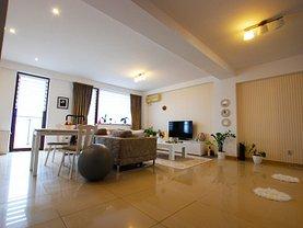 Apartament de vânzare 2 camere, în Constanţa, zona Tomis Plus