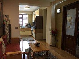 Apartament de vânzare 3 camere în Focsani, Ultracentral