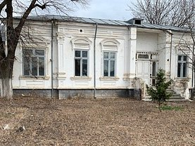 Casa de vânzare 5 camere, în Focşani, zona Ultracentral