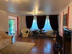 Casa de închiriat 4 camere, în Focşani, zona Sud